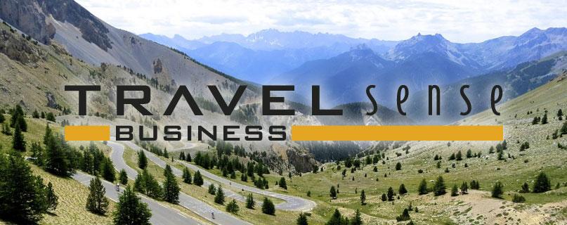 Camilla Andersen præsenterer Travel Sense på toppen af Col d'Izoard